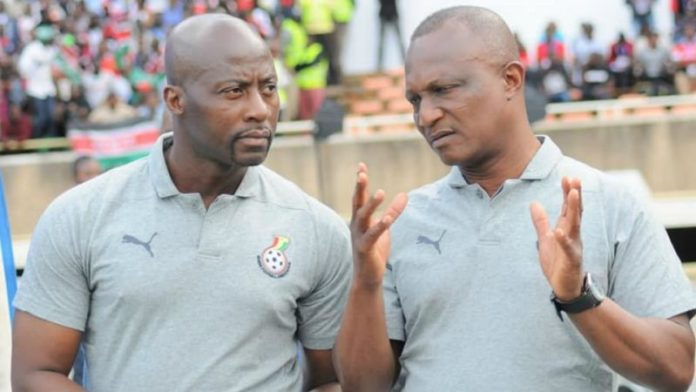 Kwesi Appiah, Ghana coach (R) with his assistant