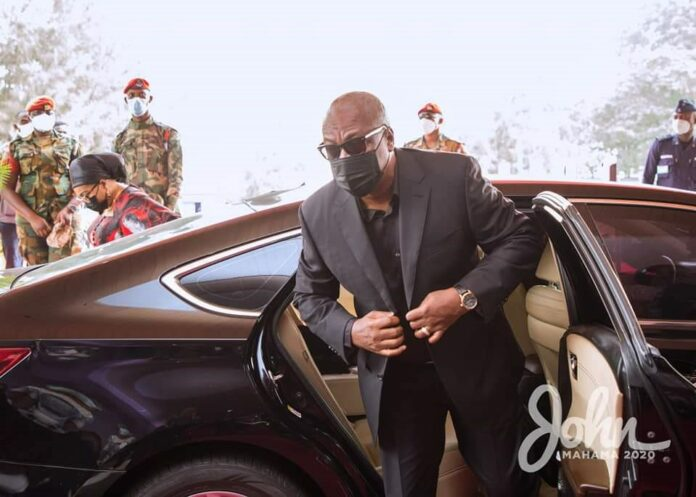 The JM Swag: Arriving to file past the body of the late JJ Rawlings