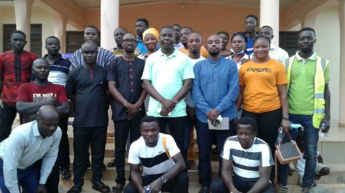 Dr Gideon Boako and the leadership of the association