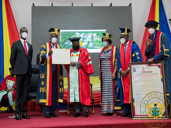 Akufo-Addo delivering his speech at UCC