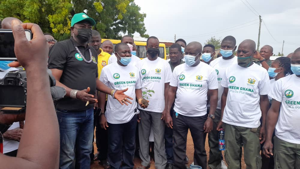 The Paramount Chief of the Navrongo Traditional Area, Pe Asagepaare II, stressed the need to go beyond the planting of the trees by also nurturing them.