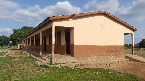 The congested old classroom block.