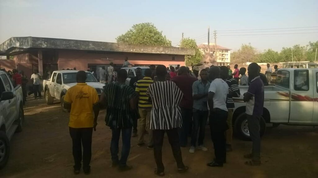 A crowd in front of the mortuary at the Upper East Regional Hospital waiting to pick up the bodies of the 16 miners killed in Talensi in 2019.