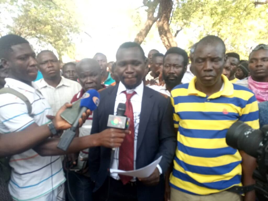 Human rights activists presented a press statement at the mortuary before the burial of the 16 bodies.