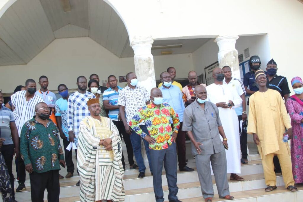 Public figures took part in the emergency endorsement exercise on Sunday.